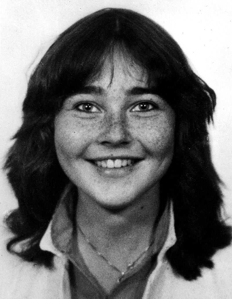 Trine Jensen, 17, försvinner i Oslo 1981 Quick dömdes i juni 2000. Beviljades resning i april i år och har nu friats. Kroppen hittades först två månader efter försvinnandet i en skog en dryg mil söder om Oslo. Det fanns inga tekniska bevis, men Quicks berättelse stämde med utredningen.