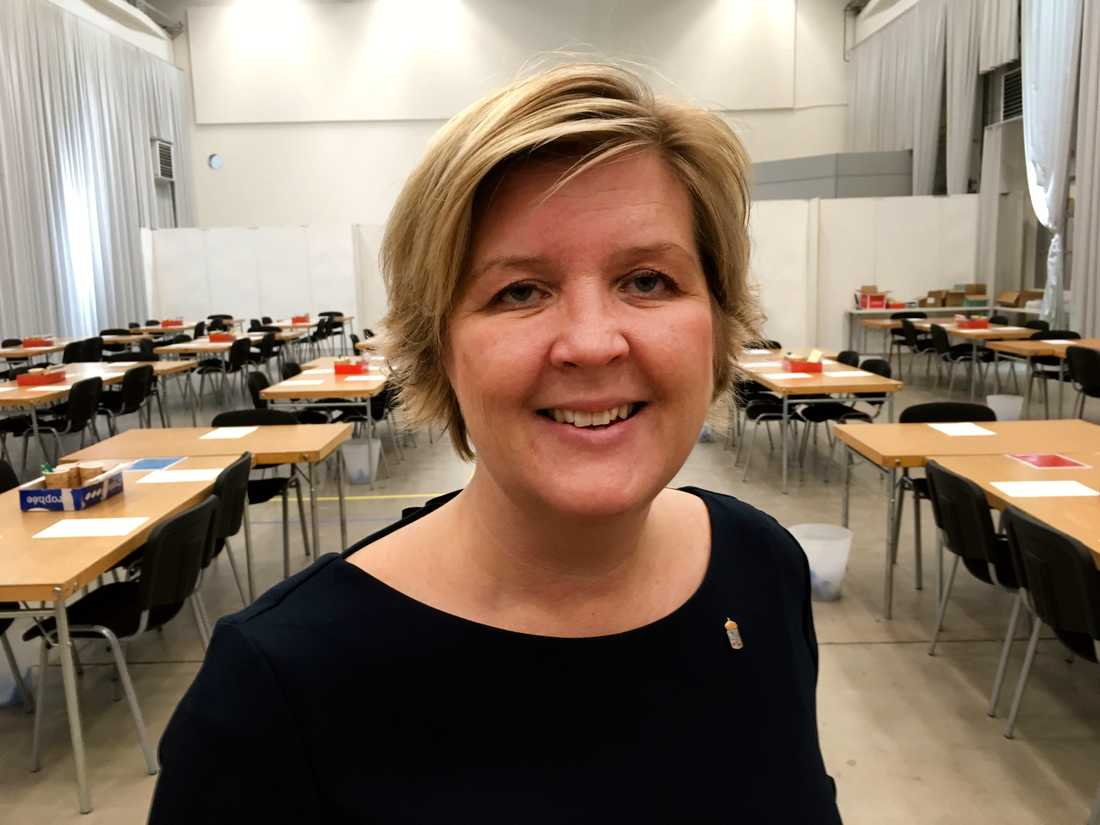 I valet till Europaparlamentet är Sverige en enda valkrets och då måste allt vara klart innan man kan meddela resultatet, säger Anna Blomberg, valansvarig i Västra Götalands län.