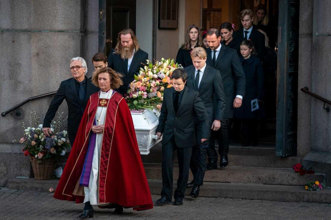 Begravningen av Ari Behn i Oslos domkyrka på fredagen.