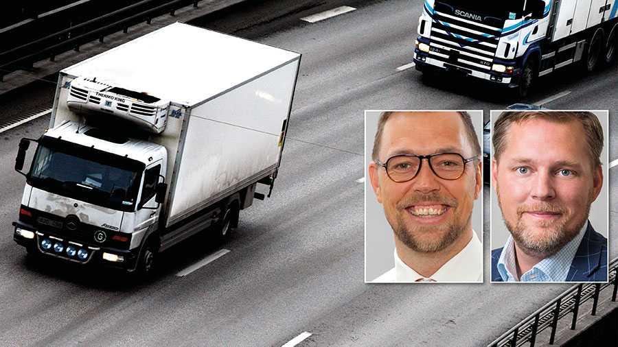Kontrollerna av lastbilstrafiken från de rättsvårdande myndigheterna bit för bit plockats bort från vägarna för att i dag nästan helt lysa med sin frånvaro, skriver Rickard Gegö och Günther Mårder.
