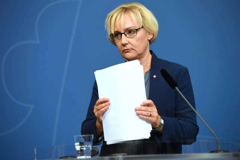 Helene Hellmark Knutsson (S), minister för högre utbildning och forskning. Betyg: 2,4 (+0,2)