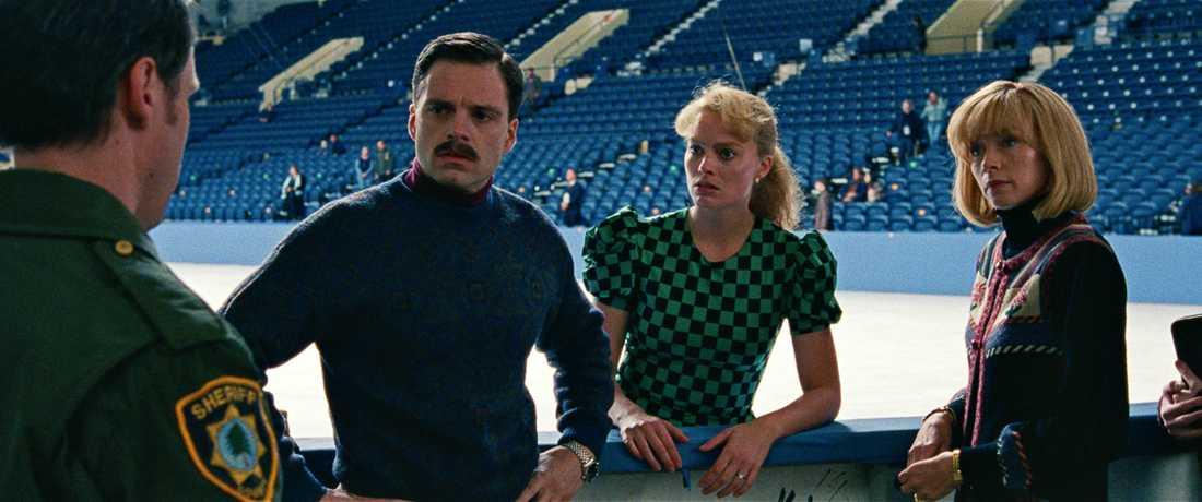 "Jeff Gillooly, Margot Robbie och Julianne Nicholson i ""I, Tonya""."