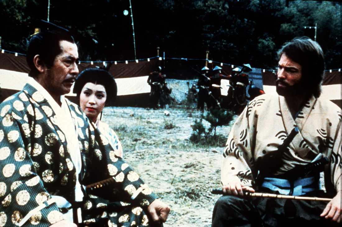 "Toshiro Mifune och Richard Chamberlain i ""Shogun""."