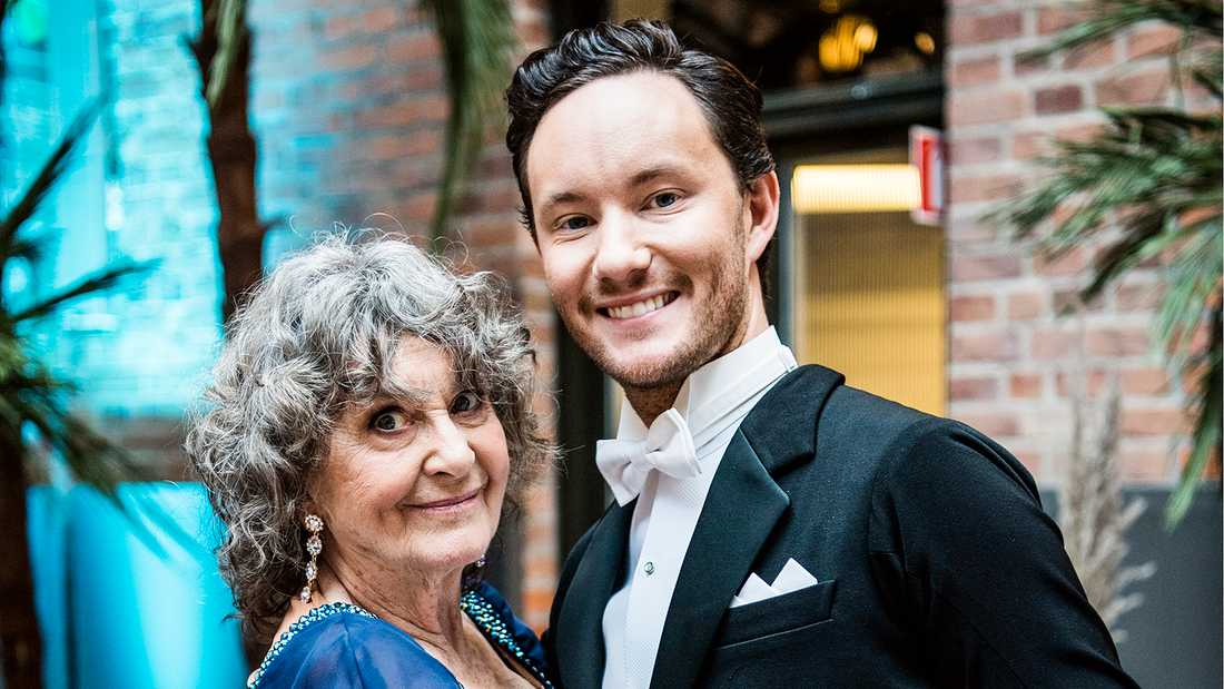 Siw Malmkvist skulle ha premiärdansat med Jonathan Näslund på fredag.