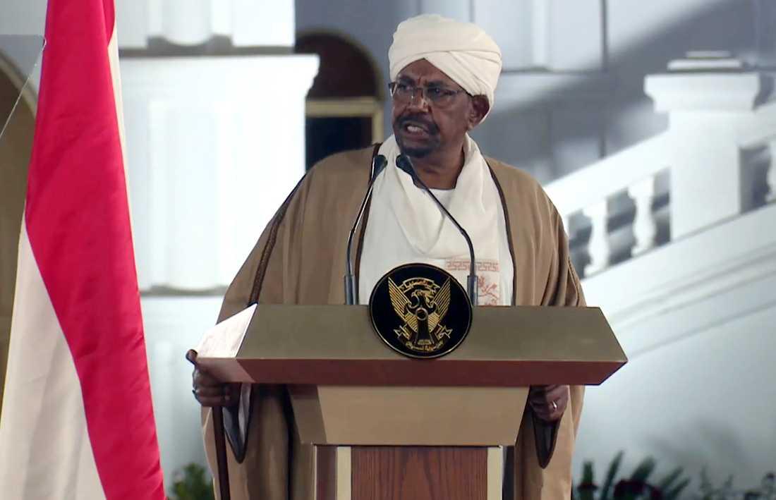 Sudans tidigare ledare Omar al-Bashir under ett framträdande i februari i år.