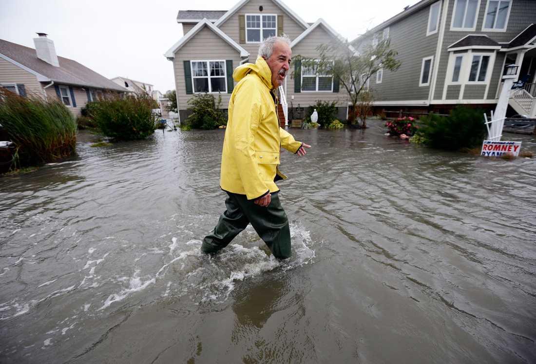 Richard Thomas utanför sitt hem i Fenwick Island, Delaware.