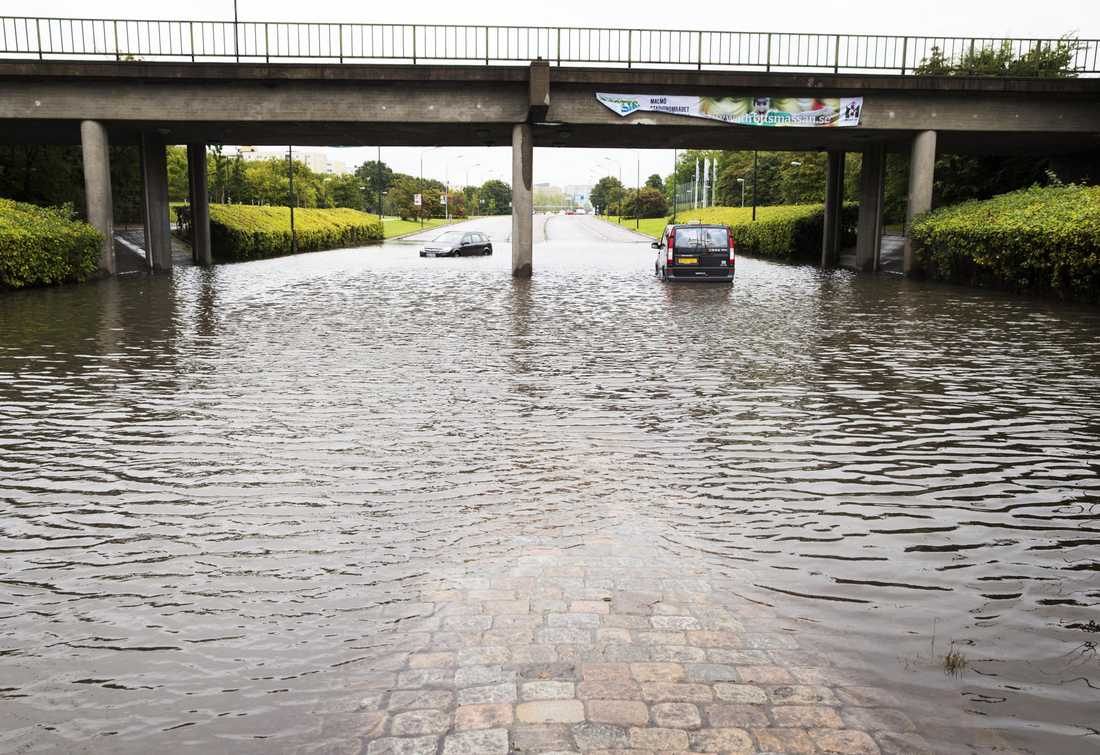 Efter ösregnet. Viadukten under Amiralsgatan i Malmö den 31 augusti 2014.