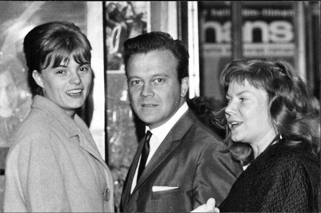 """1962 Premiär på filmen """"Chans"""". Lillevi Bergman som spelade huvdurollen """"Mari Andersson"""", regissören Gunnar Hellström och Birgitta Stenberg som skrev förlagan och manus."""