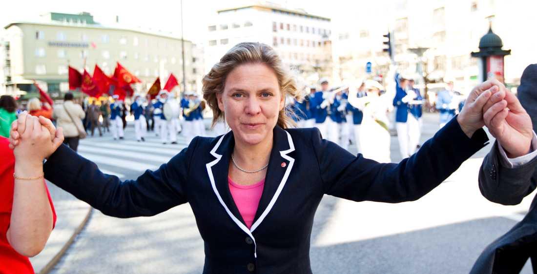 Magdalena Andersson har under pandemin faktiskt kunnat bedriva socialdemokratisk politik utan det vanliga motståndet.
