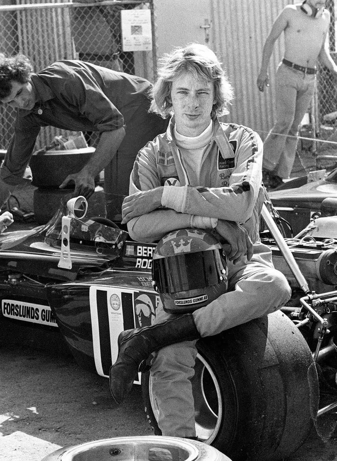 Bertil Roos Född: 12 oktober 1943. År i F1: 1974. GP-starter: 1. På Anderstorp, bröt pga problem med växellådan.