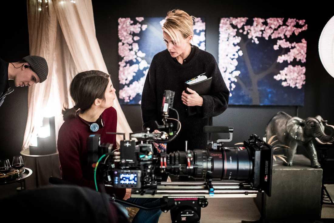 Josephine Bornebusch samtalar med fotografen Ragna Jorming.