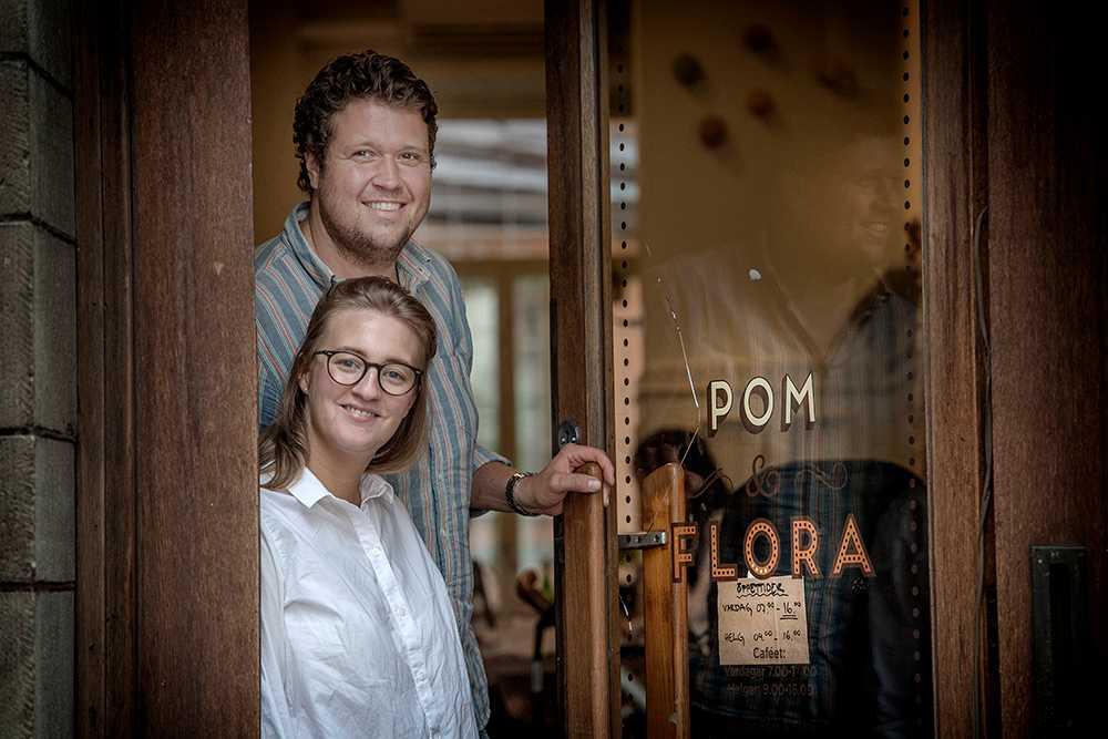 Anna och Rasmus Axelsson på café Pom och Flora