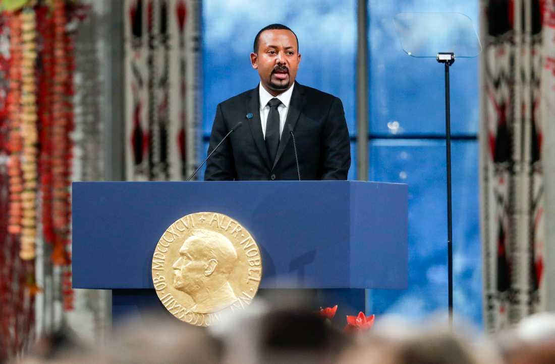 Etiopiens premiärminister Abiy Ahmed tar emot Nobels fredspris 2019 i Oslo.