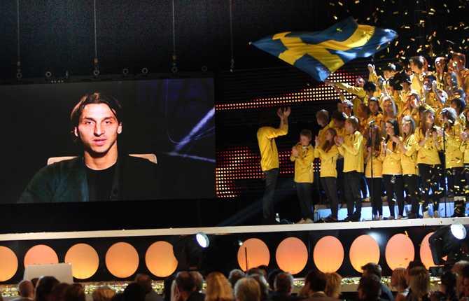 Senhösten 2009 vann Zlatan Guldbollen för fjärde gången. Den här gången kunde svensken inte komma loss utan höll sitt tacktal via bildskärm.