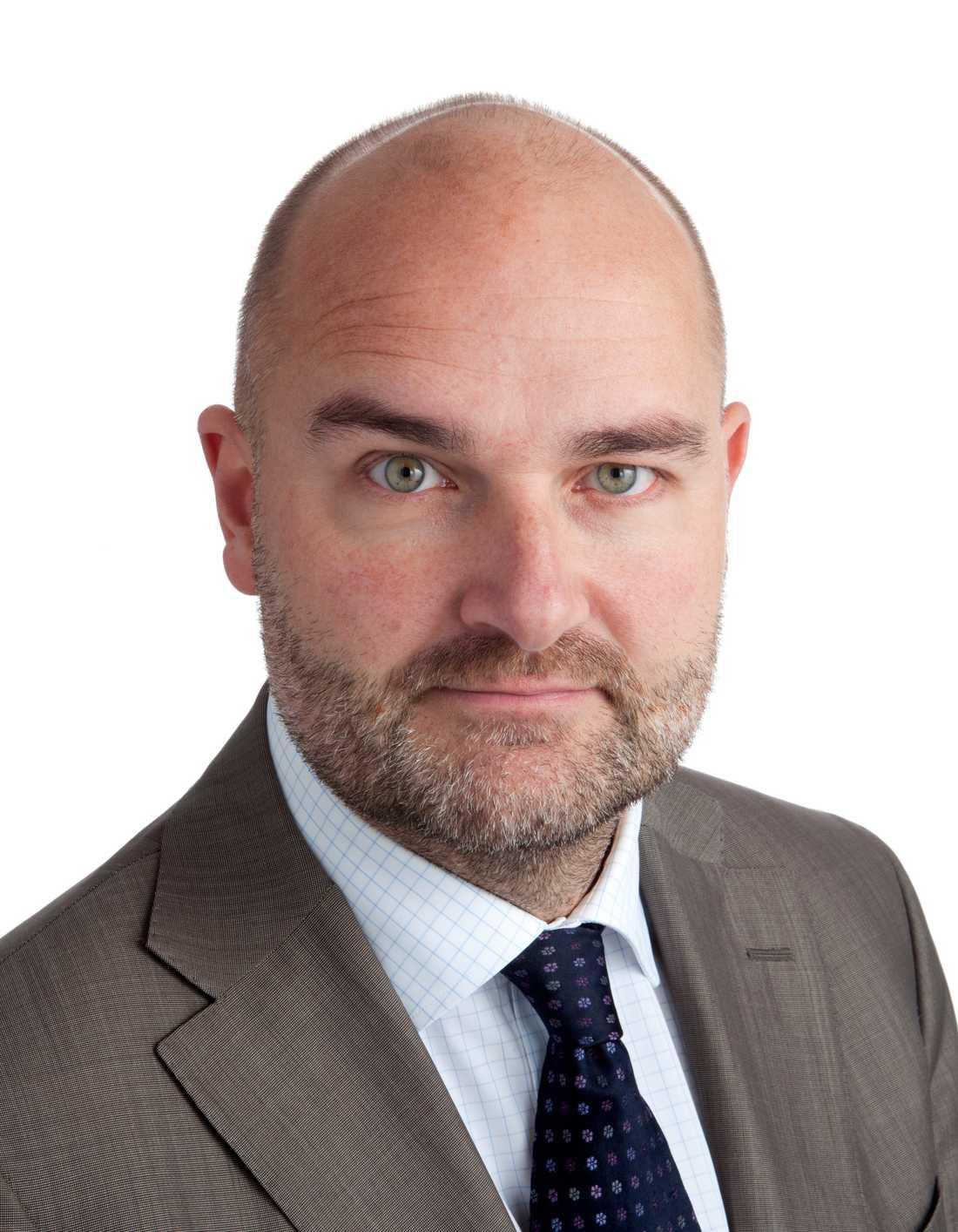 Kritisk Peter Larsson är vd för Svenska regionala flygplatser AB och menar att EU-förslaget kan bli förödande.
