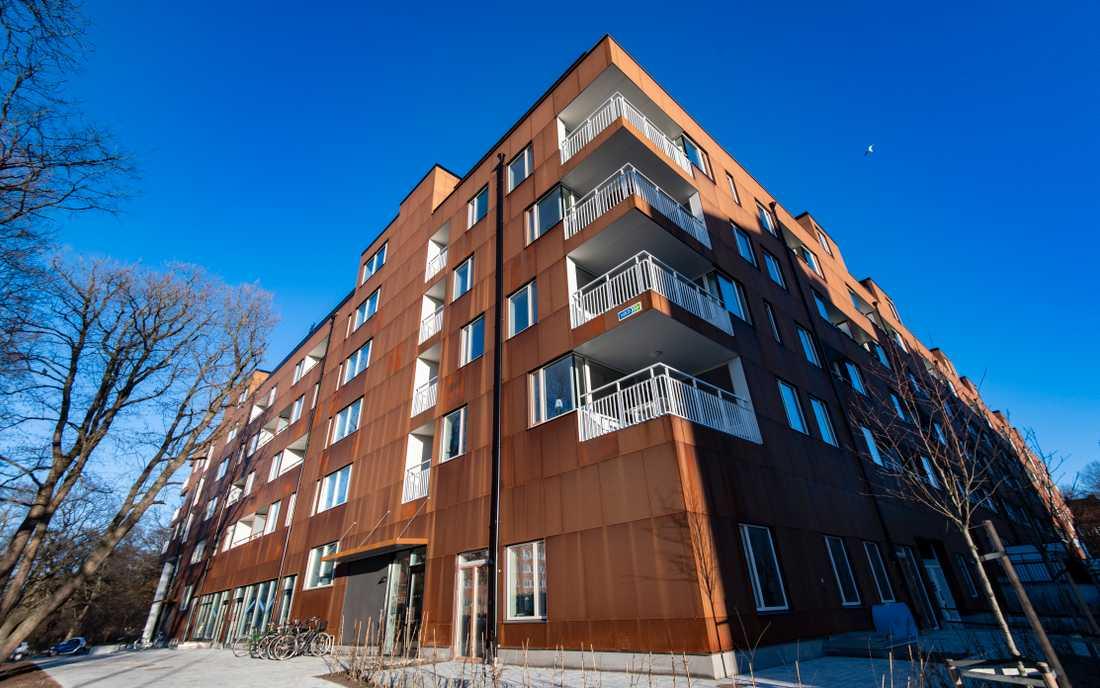 Huset innehåller 166 lägenheter är dock enligt ett pressmeddelande från MKB det av fastighetsbolagets nybyggen som det var mest populärt att flytta till under 2018.
