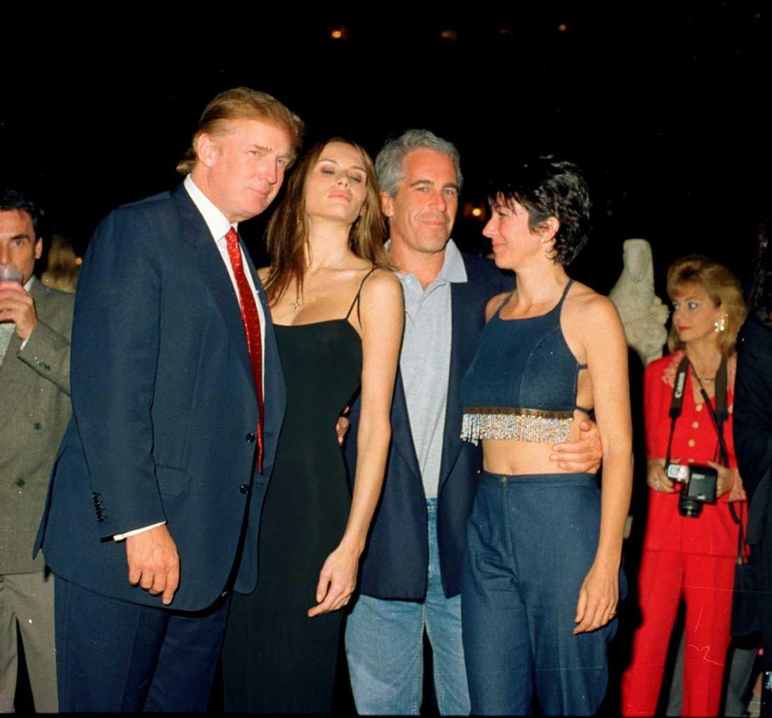Donald och Melania Trump tillsammans med Jeffrey Epstein och Ghislaine Maxwell.