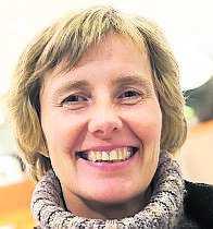 ÄR DINA BARN SMARTARE ÄN DIG? Marika Björklund, 45, rederitjänsteman, Åland: – Ja. Min dotter har satsat stenhårt och pluggat mycket. Sonen är tekniskt bättre än mig.