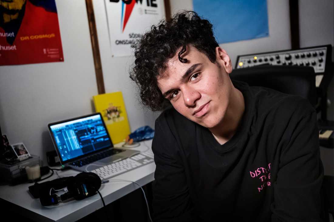 Bahjat vill att hans musik ska inspirera andra att våga drömma, vilka förutsättningar man än har.