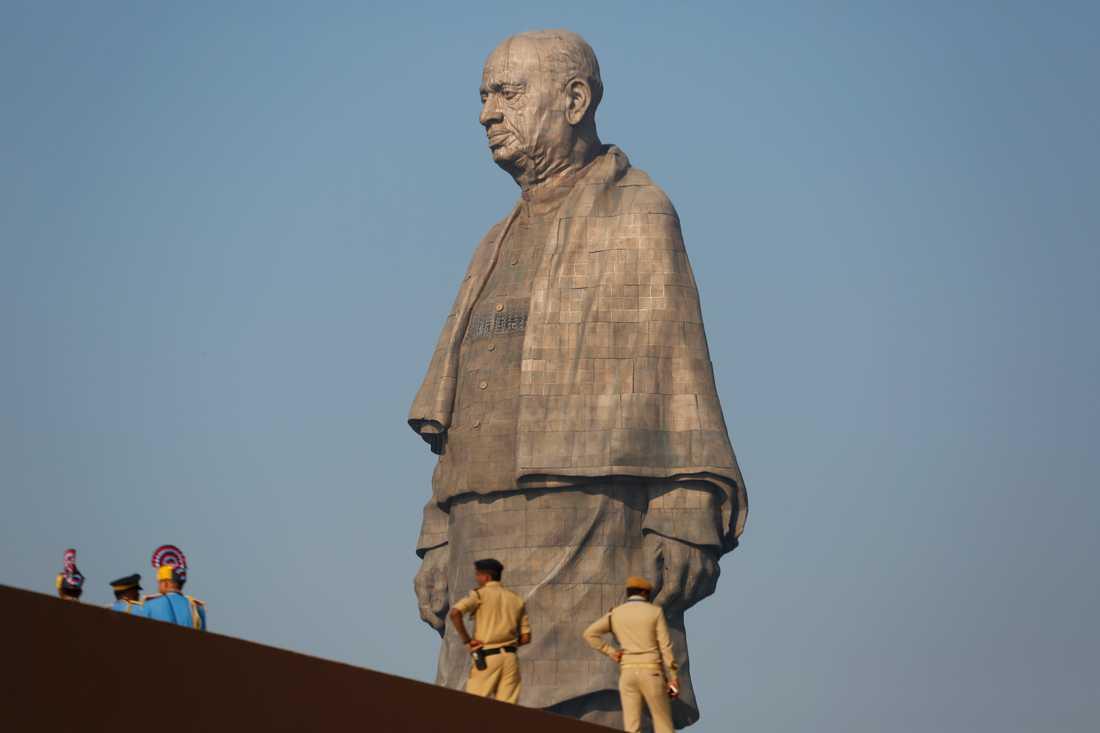 Statyn på 182 imponerande meter är dubbelt så hög som Frihetsgudinnan.
