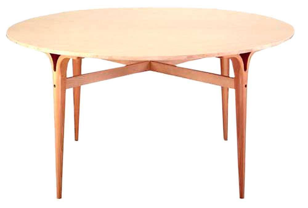 Bruno Mathsson-bord med kluvna ben: 31 486 kr.
