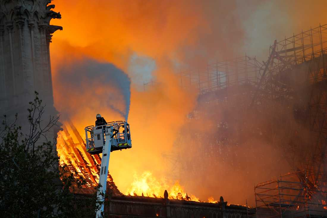 Branden i Notre-Dame de Paris