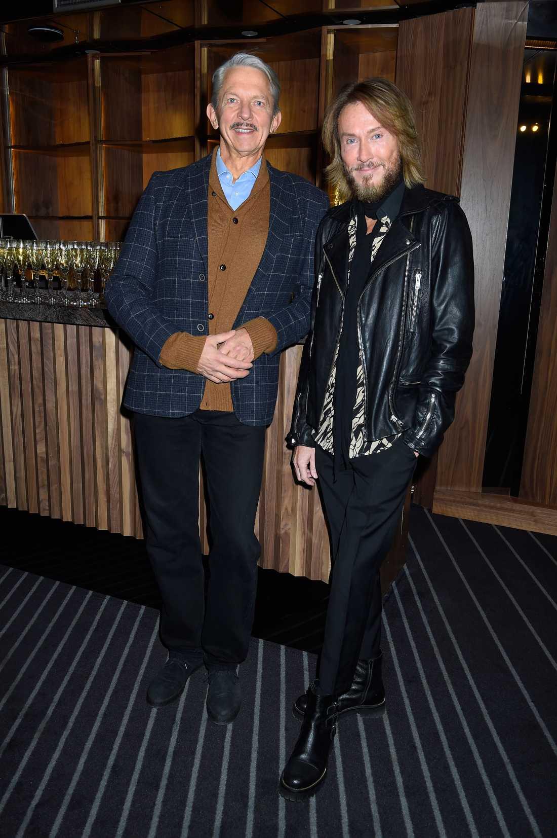 I 30 år jobbade Nils-Albert Eriksson tillsammans med Lasse Flinckman i dragshow-gruppen After Dark. Här tillsammans med Christer Lindarw, 2015.