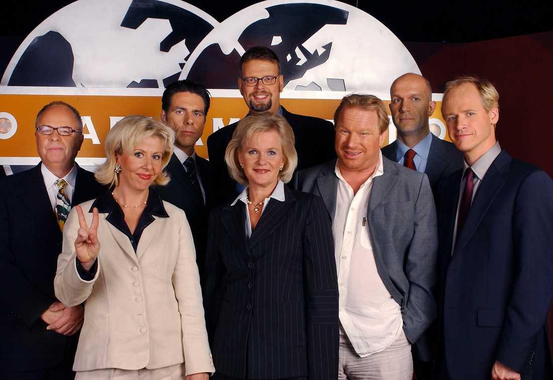 """Många kända komiker har varit med i """"Parlamentet"""" under åren. Nu läggs serien på is."""