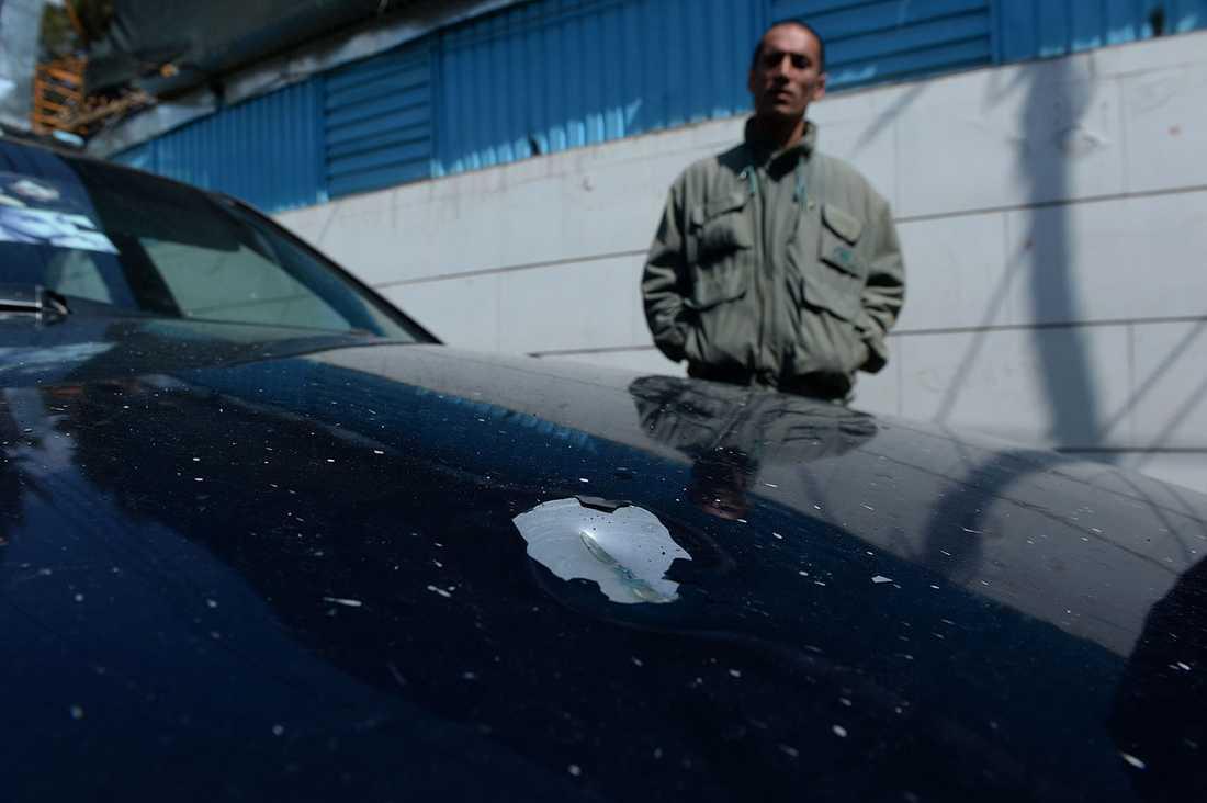 Kulan som dödade Nils Horner träffade motorhuven efter skottet.