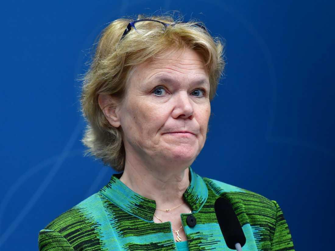 Harriet Wallberg, tidigare bland annat rektor för Karolinska institutet, blir regeringens koordinator i arbetet med att öka testerna för covid-19.