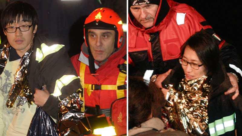HITTADE – VID LIV Det sydkoreanska smekmånadsparet räddades tidigt i morse ut från det förlista kryssningsfartyget Costa Concordia.