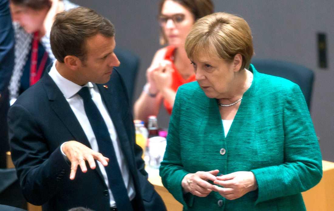 Frankrikes president Emmanuel Macron och Tysklands förbundskansler Angela Merkel under toppmötet i Bryssel.