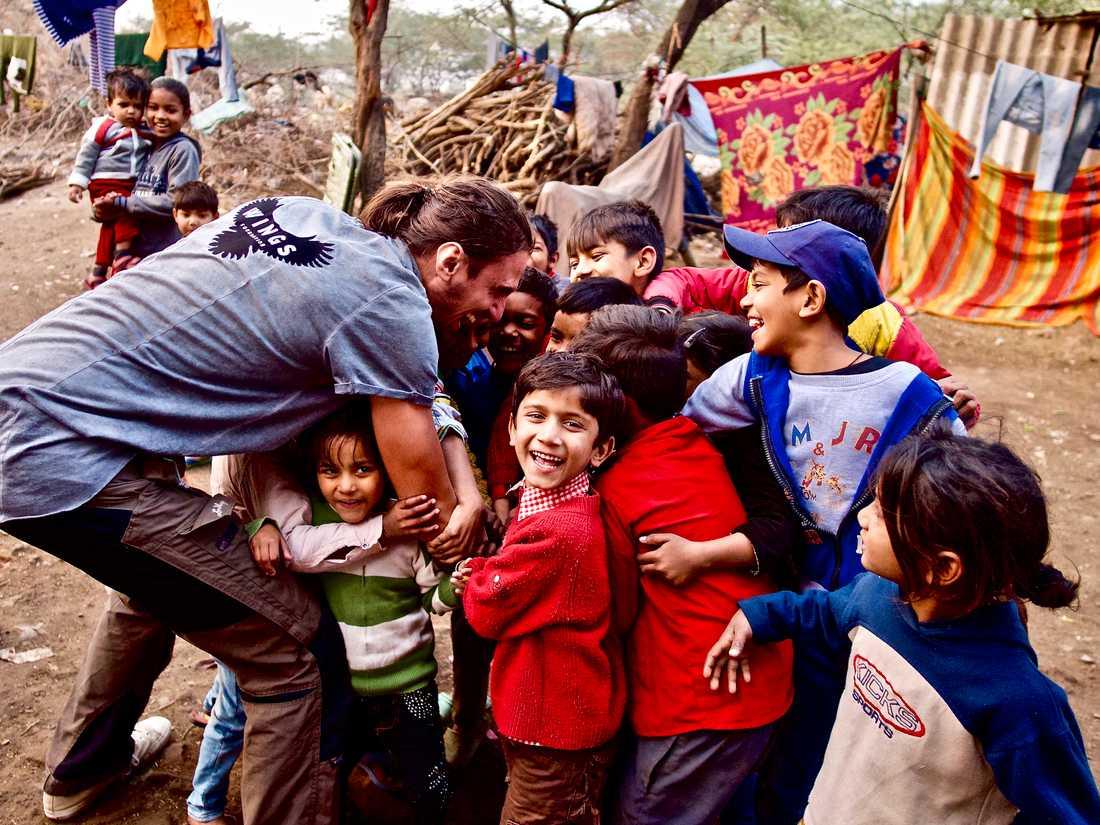 I New Dehli, Indien, jobbade David och Wings med Rädda barnen.