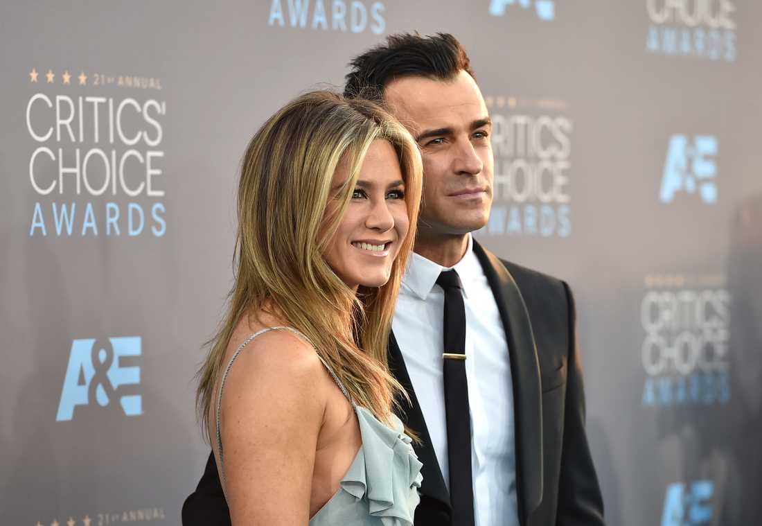 Aniston och Theroux 2016.