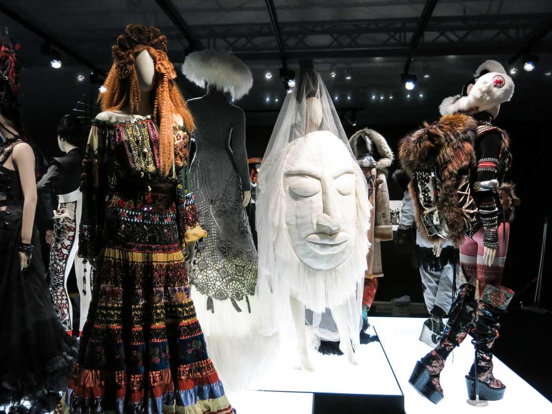 """The Fashion world of Jean Paul Gaultier – From the sidewalk to the catwalk"" visas på Arkitektur och designcentrum i Stockholm den 15 juni till den 22 september. Foto: Agneta Elmegård"