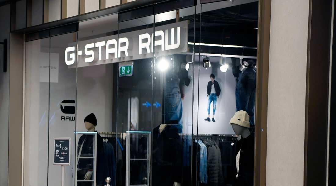 Klädkedjan G-Star Raws tolv butiker i Sverige stänger.