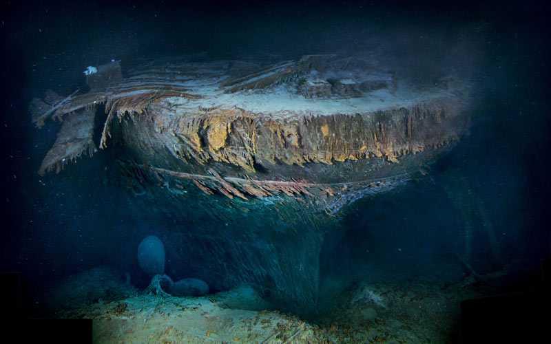 Efter hundra år på havets botten ser den söndertrasade aktern ut så här.