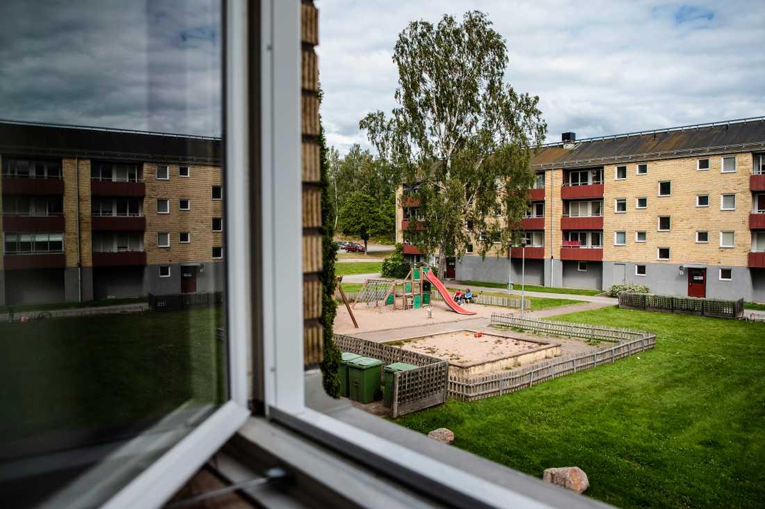 På Åsgatan i Grums har boende trakasserats av barn i 8 –12-årsåldern.