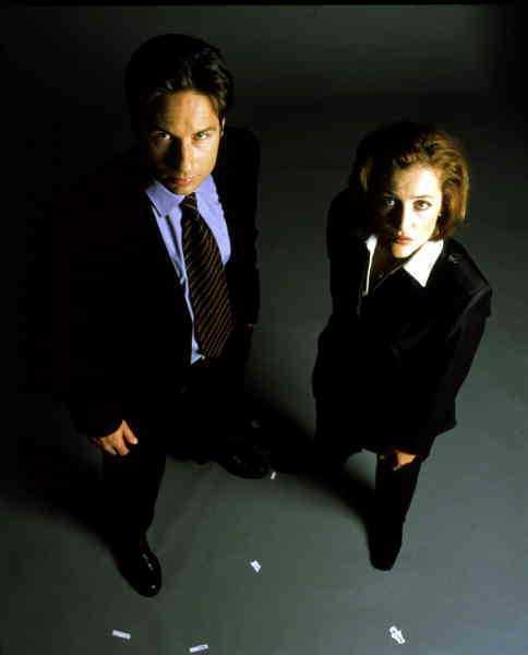 """COMEBACKFå serier har så hängivna fans som """"Arkiv X"""" och nu är David Duchovny och Gillian Anderson tillbaka som FBI-agenterna Fox Mulder och Dana Scully. Skaparen Chris Carter håller i trådarna även den här gången. """"Jag ser det som en 13 år lång reklampaus""""."""
