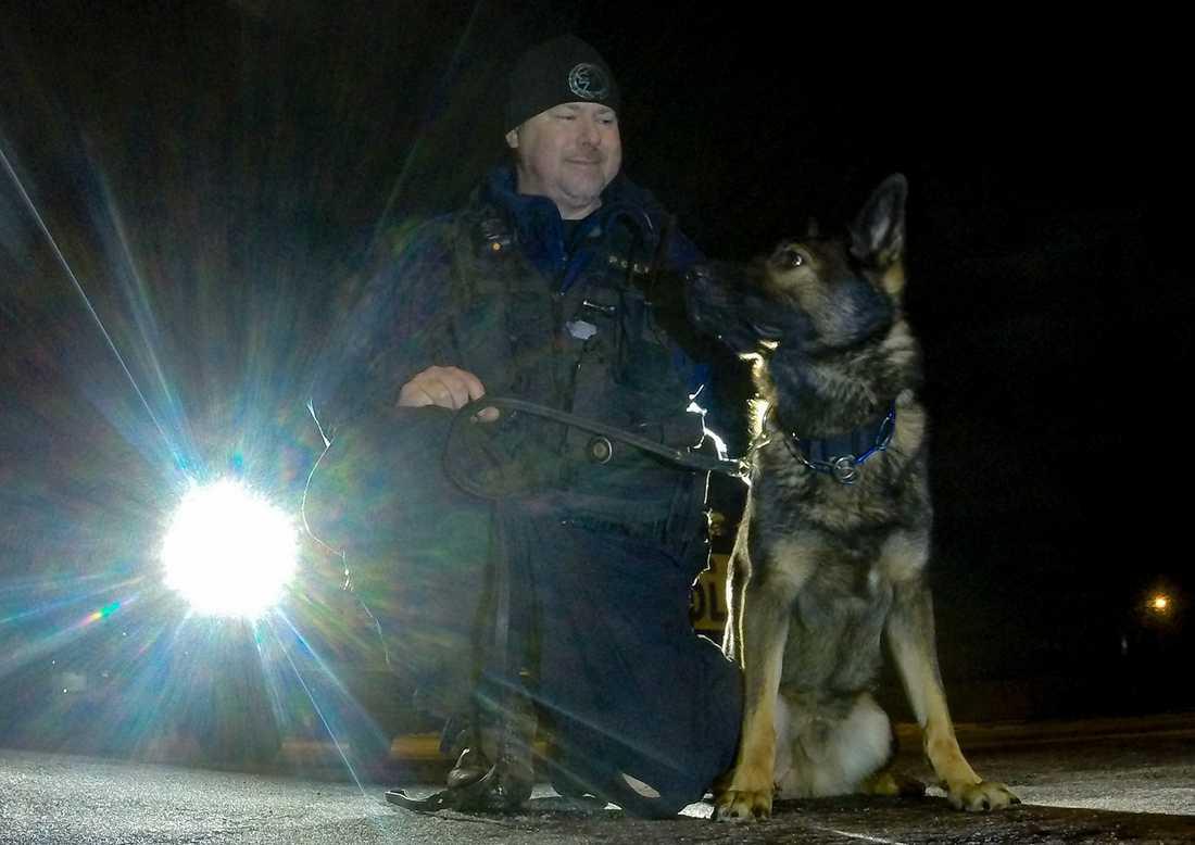 Hundföraren Jörgen hyllade Nisse på Facebook efter lördagens insats.