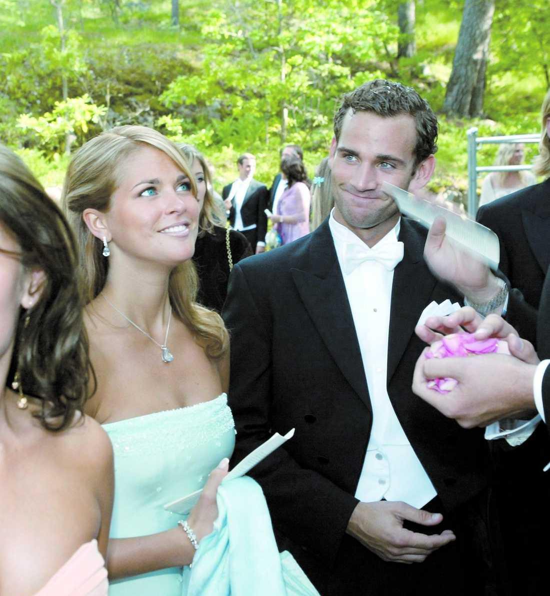 61ed37cef0c4 Nu har prinsessan Madeleine, 27, förlovat sig med sin Jonas Bergström, 30.