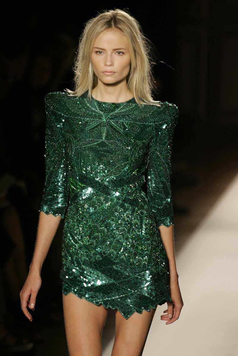 Balmains klänning, som den såg ut på modellen när den stora Balmain-hypen startade!