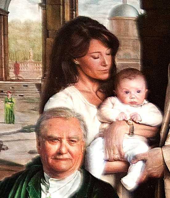 Marie ser på sin dotter Athena likt en Madonna av den enda anledningen att något måste hända där bak  i hörnet då tavlan egentligen bara handlar om Margrethe, Frederik och Christian.