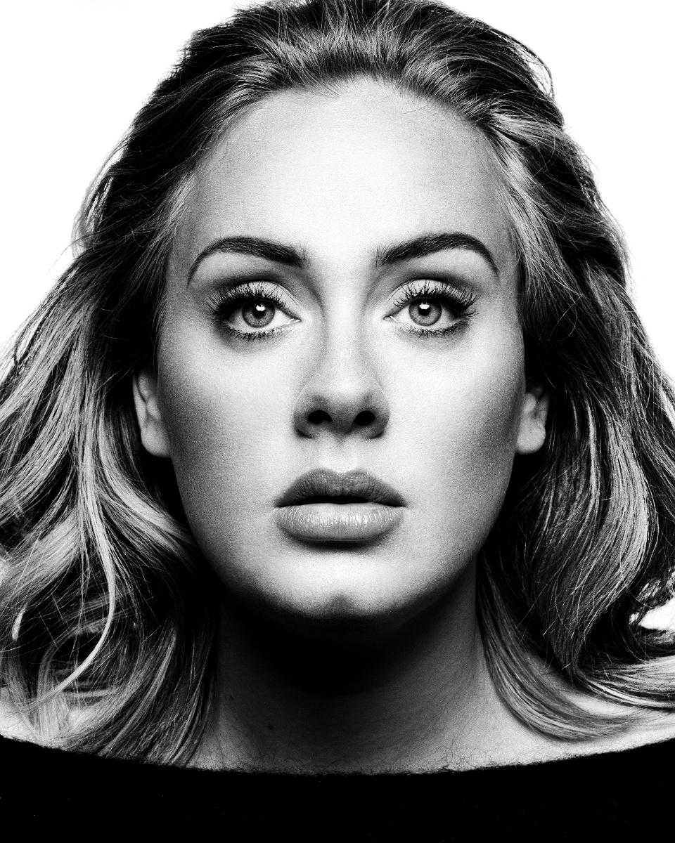 """Fler nyanser än någonsin. Adeles """"25"""" imponerar."""