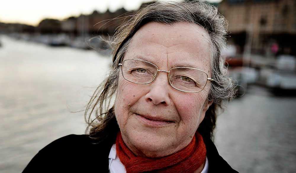 En dag hittade Kerstin Cunelius sin blinda mamma helt uttorkad på ett äldreboende som drevs av Attendo.