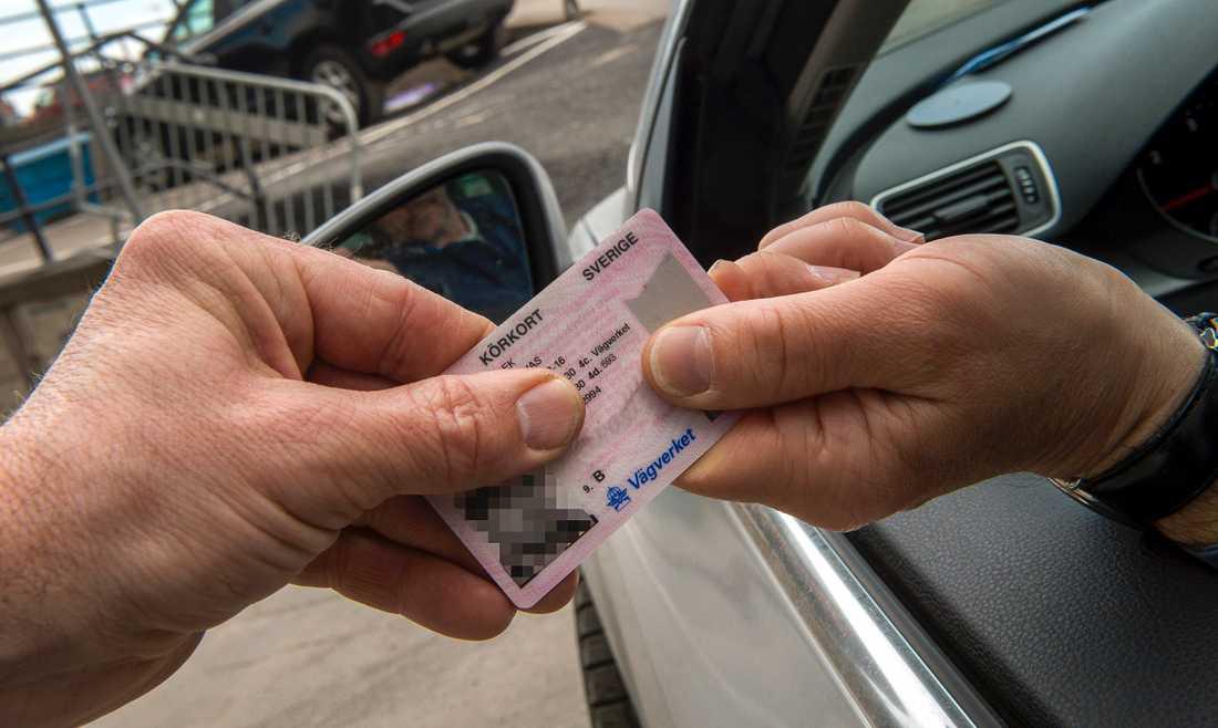 En kvinna i Göteborg ville få tillbaka sitt körkort med hänvisning till smittorisken av coronaviruset. Arkivbild.