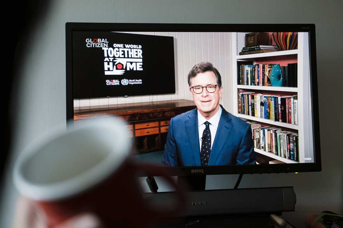 Stephen Colbert var en av tre värdar.