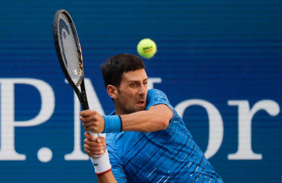Novak Djokovic siktar på att försvara sin titel i US Open från 2018.