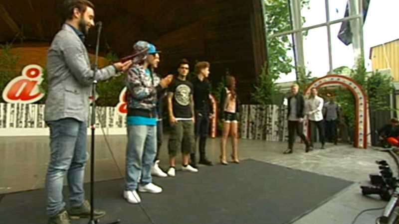Programledaren Måns Zelmerlöw presenterade årets artister vid en presskonferens på Skansen.