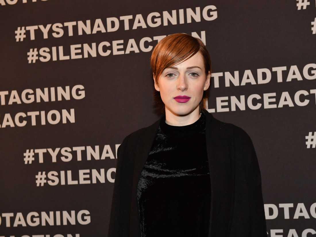 SVT visste om anmälan mot Cissi Wallin när de engagerade henne för att göra ett tv-program.